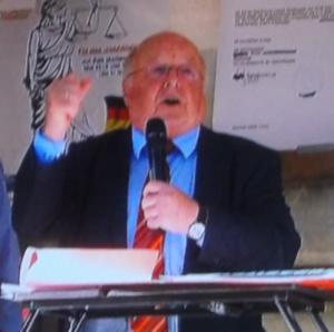 BR 20 5 2015 Kontrovers, N. Blüm, auf dem Marienplatz -------