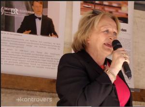 BR 5 2015 Kontrovers, BMdJ a.D. Frau Sabine Leutheusser- Schnarrenberger bei der Rede